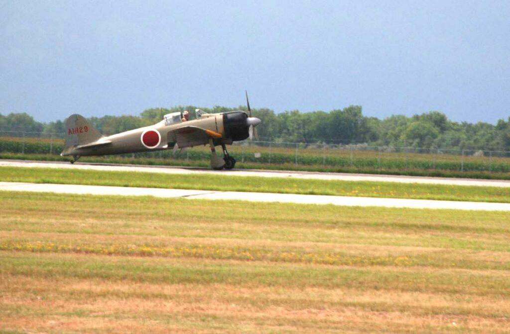Japanese Zero Landing2