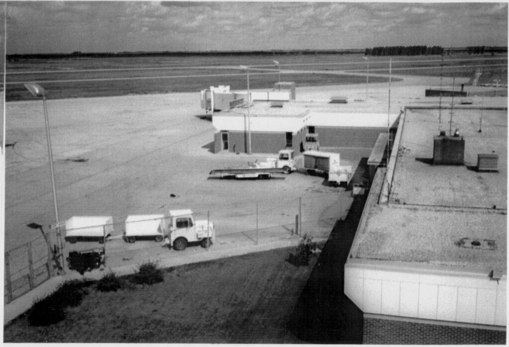 Second Level Loading Access and Jet Bridge - 1982
